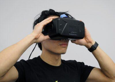 virtual-reality-1389030_1280